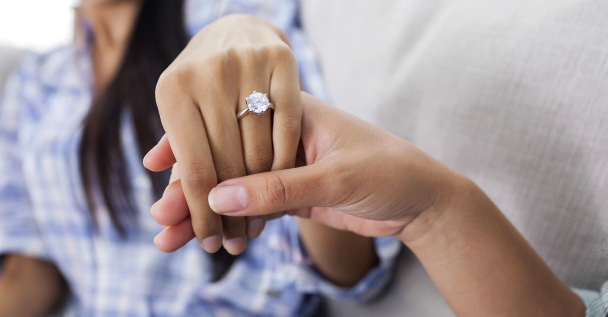 How Long Should You Wait Until Getting Engaged?