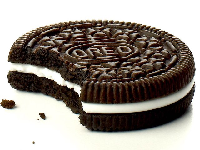 What is the Middle of an Oreo Really, Actually Made Of?