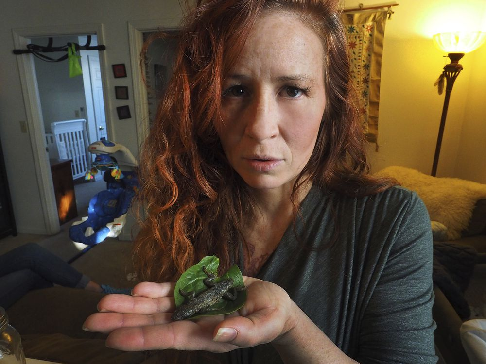 A Lady Bites Into a Dead Lizard in Her Salad