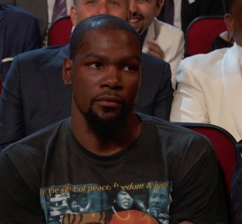 Kevin Durant and Russell Westbrook Not Amused by Peyton Manning's Joke at ESPY Awards