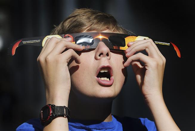Experts Warn: Maybe Don't Watch the Solar Eclipse at All