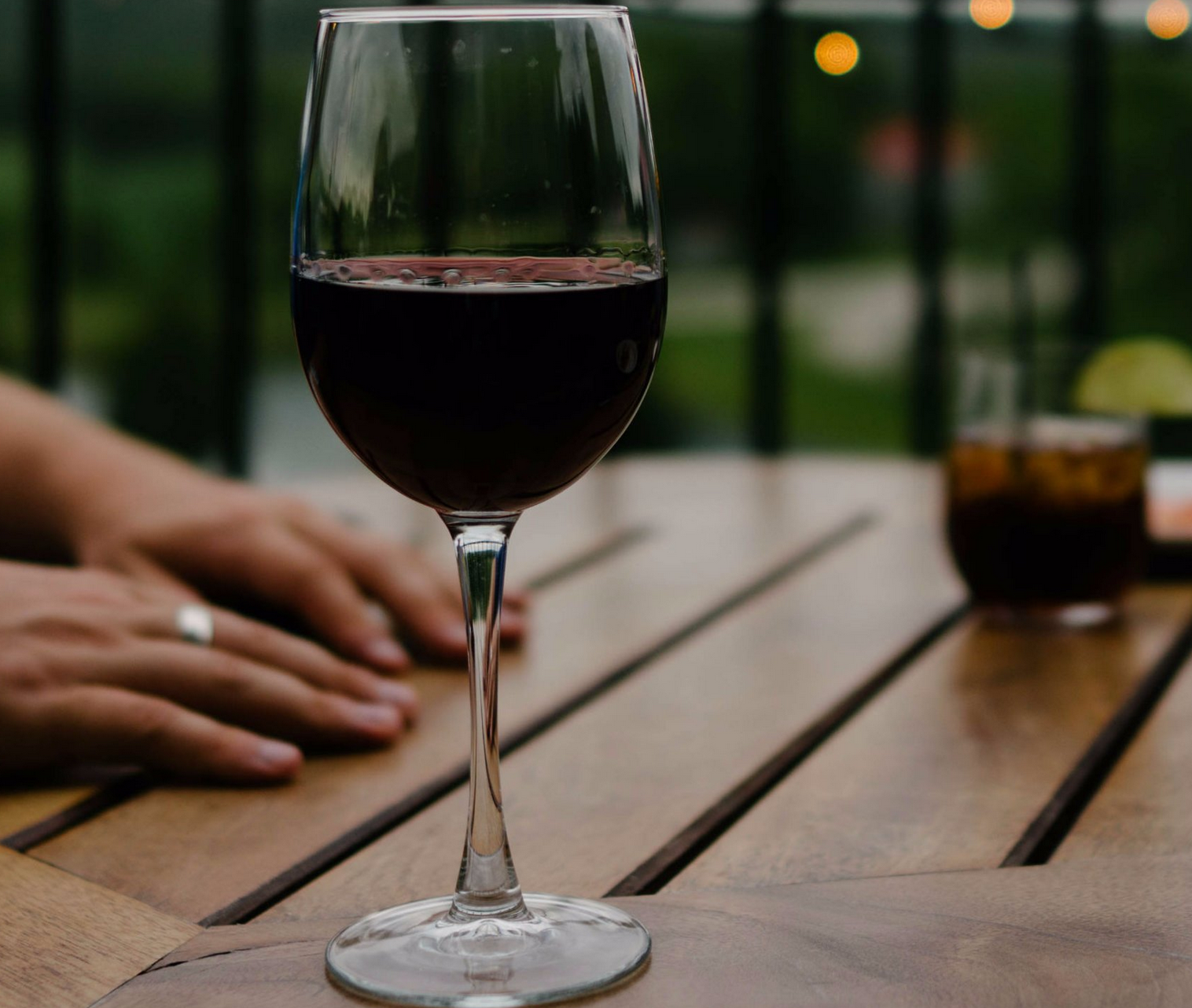 Red Wine Drinkers Have the Best Sex