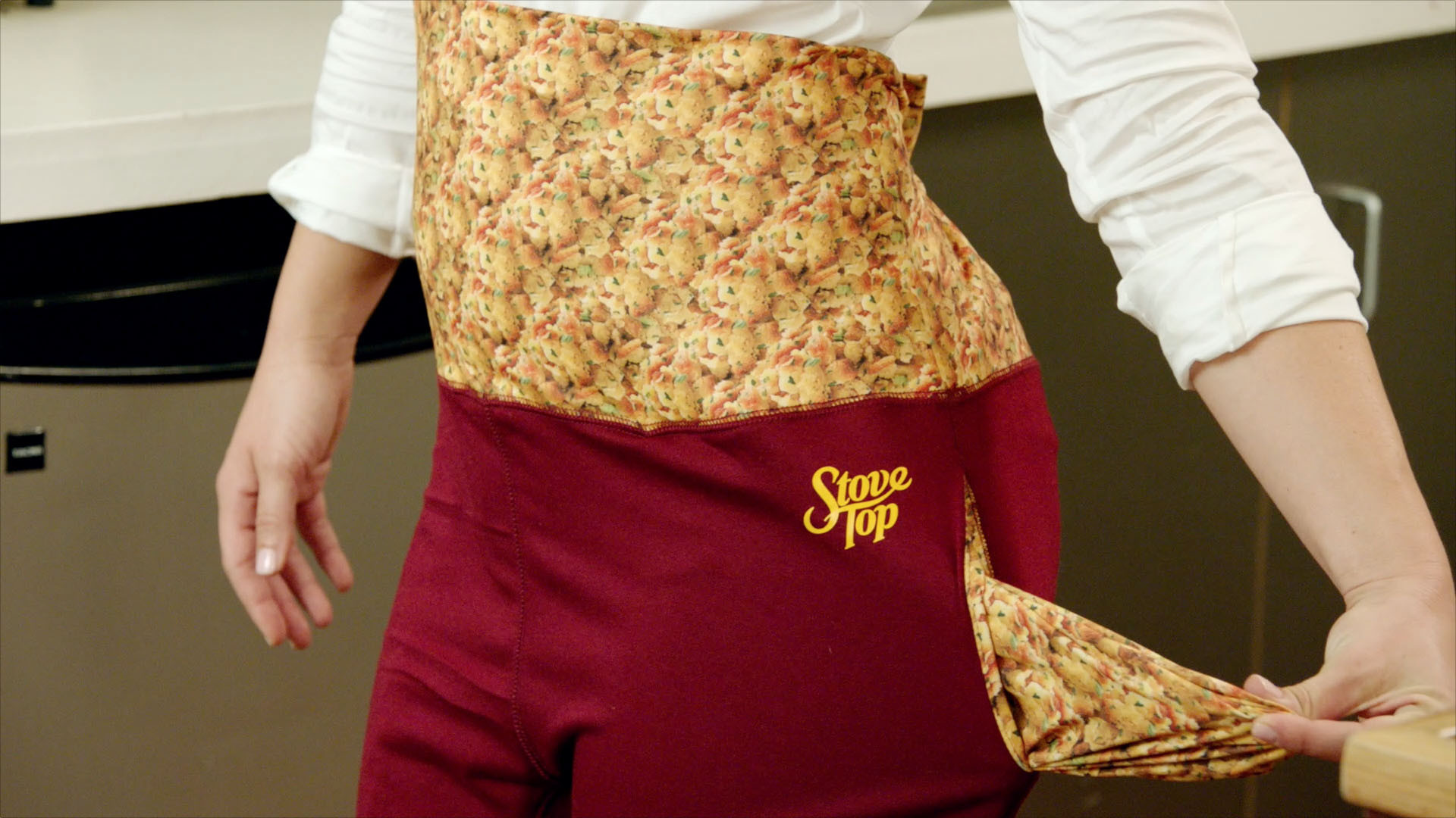 Stove Top Stuffing Is Now Selling Stretchy Pants You Can Shamelessly Wear on Thanksgiving