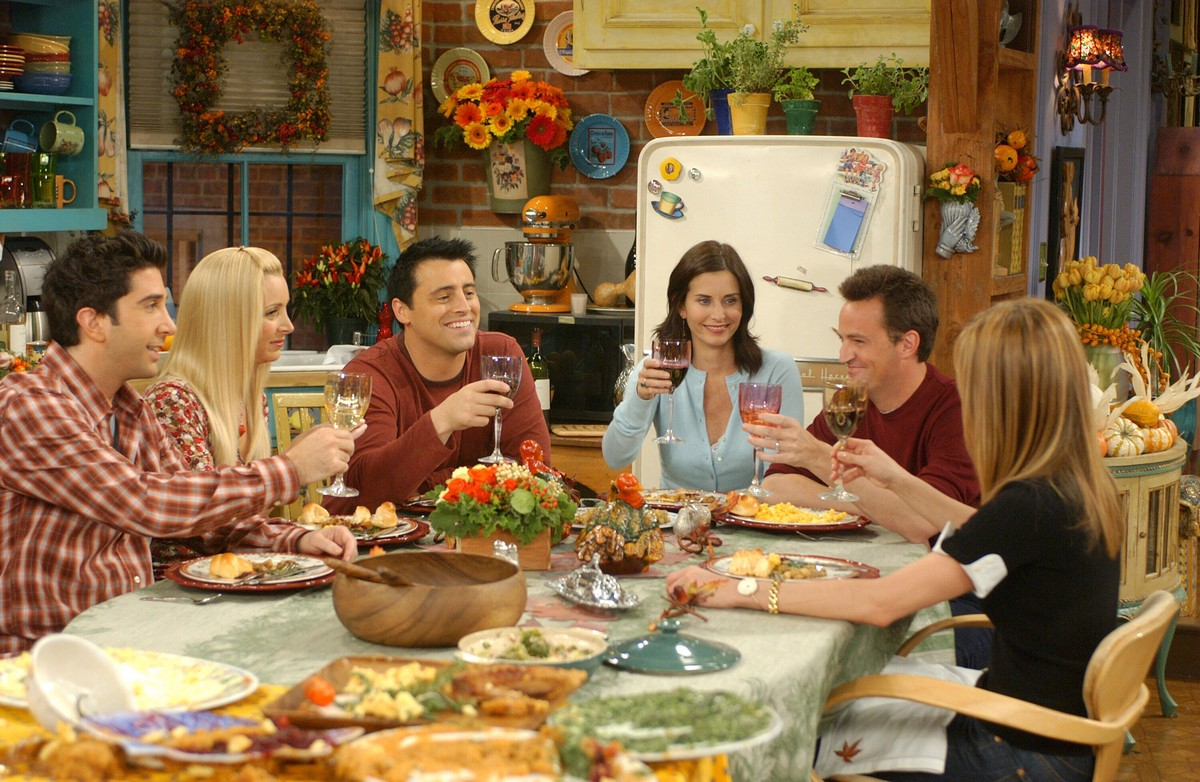 7 Thanksgiving 2017 TV Marathons to Watch When You're Stuffed Full of Turkey
