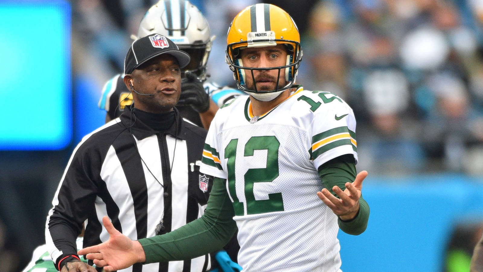 Packers Place Aaron Rodgers on Injured Reserve, Ending His Season