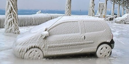 5 Things You Shouldn't Leave In Your Car During Cold Weather