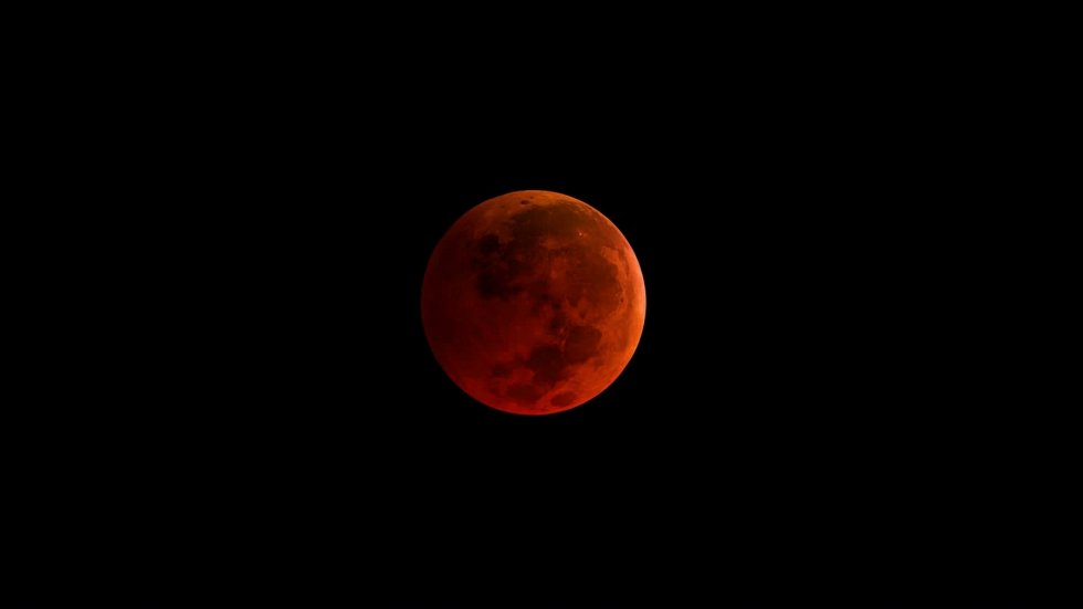 What to Know About Wednesday's Super Blue Blood Moon