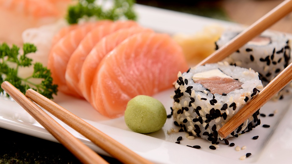 Sushi Fanatic Rethinks Raw Fish After Pulling 5-Foot Tapeworm From Rear End