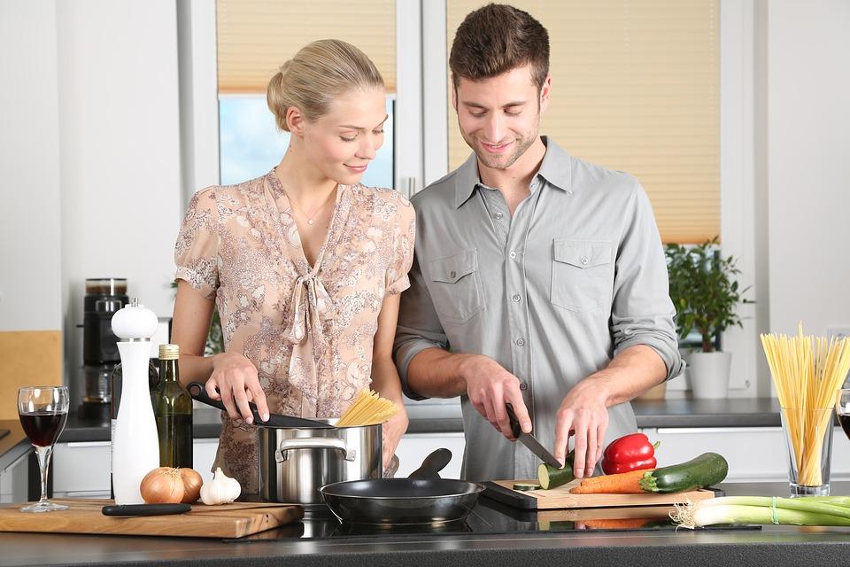 Half of Millennials Can't Roast a Chicken, Generally Suck at Cooking