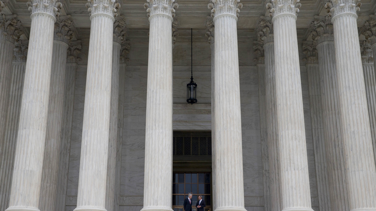 U.S. Supreme Court Overturns Federal Sports Gambling Ban, All States Can Now Legalize and Regulate