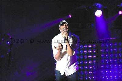 Grand Ole Opry Celebrating the Solar Eclipse With COTR Headliner Darius Rucker and More