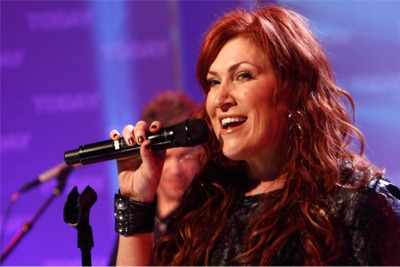 Jo Dee Messina Announces Cancer Diagnosis