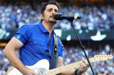 Brad Paisely Wowed Them At Game 2 Of The World Series Last Night