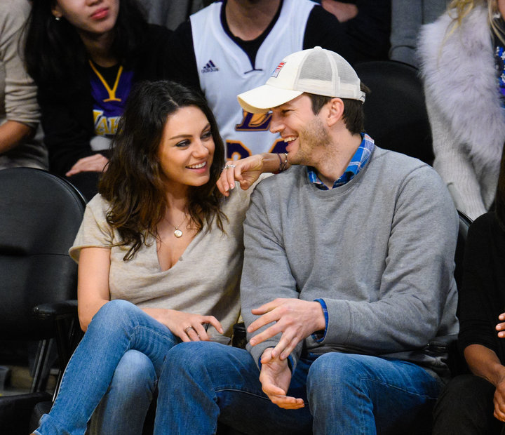 Ashton Kutcher & Mila Kunis : No Christmas Presents For Kids