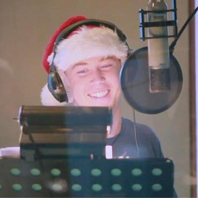 Scotty McCreery Gives Us A Dramatic Reading Of A Christmas Classic