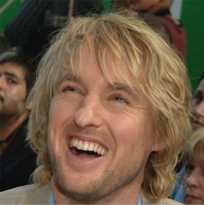 "Hundreds Gathered In Australia To Say ""Wow"" Like Owen Wilson"