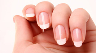 Tips & Tricks: What are the Different Types of Acrylic Nails?