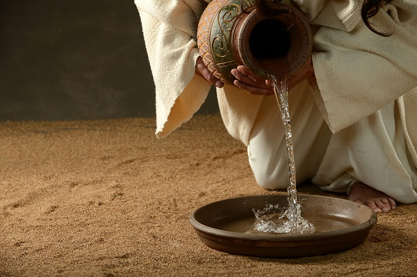 8-Day Easter Devotional: Maundy Thursday (Day 5)