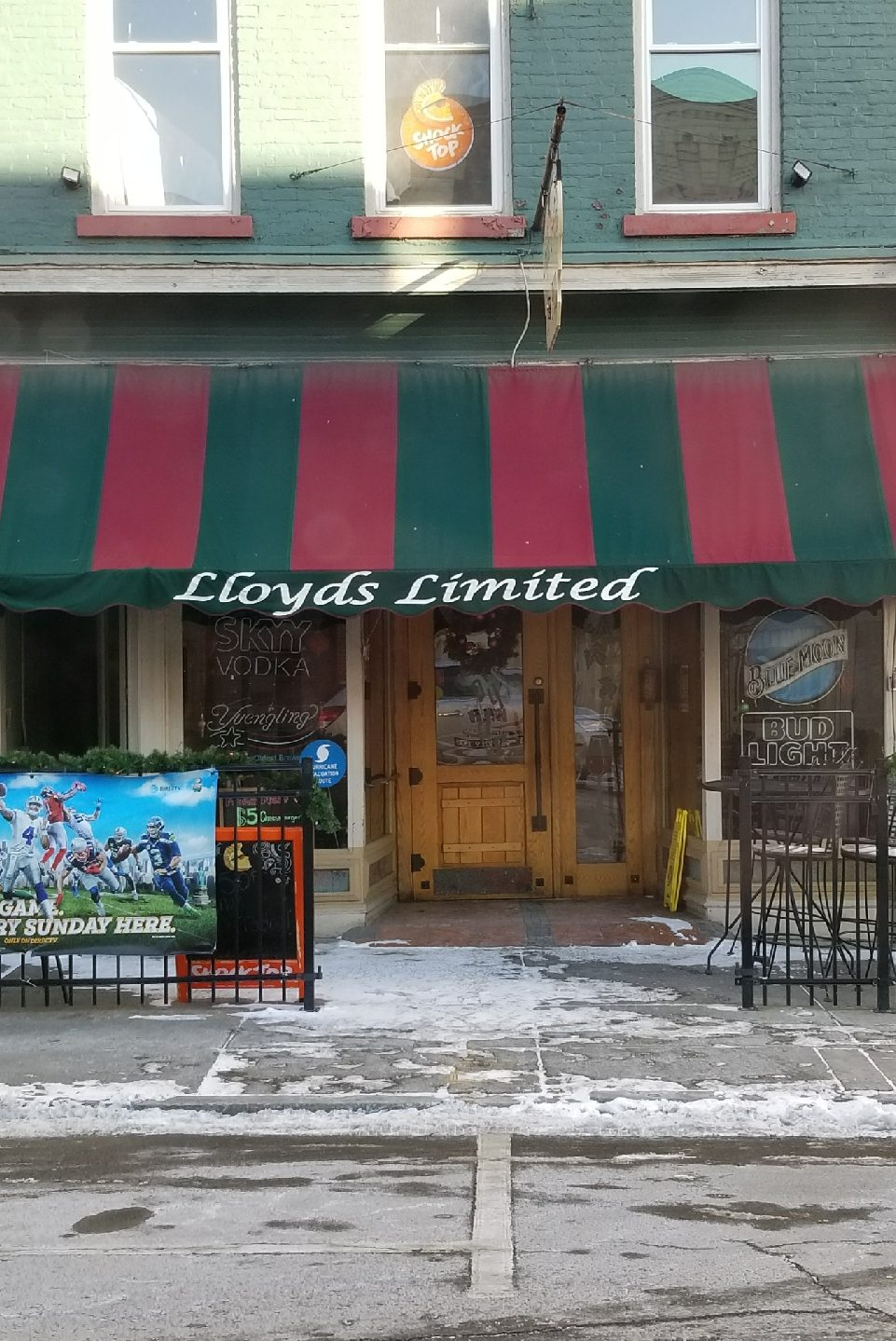 State Suspends Champlin's Liquor License For Lloyd's Limited Pub