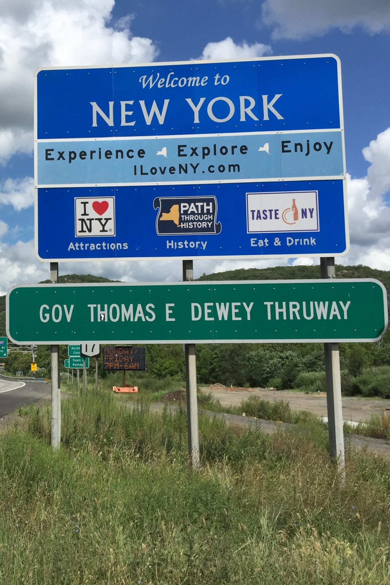 New York to Remove Thruway Tourism Signs