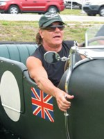 AC/DC Singer To Host 'Cars That Rock' Series