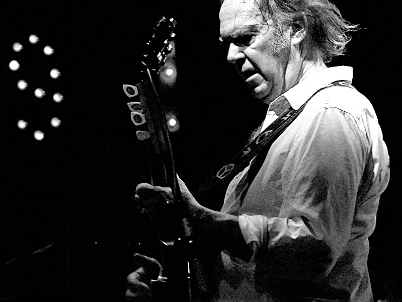 Neil Young Adds 2014 Dates