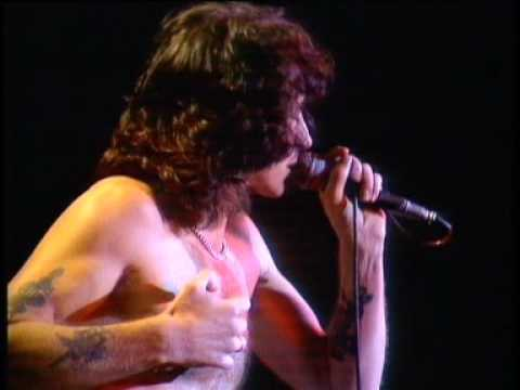 Watch Rare Performance Footage of Late AC/DC Singer Bon Scott