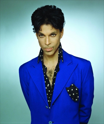 Prince sues 22 webmasters for $22 million