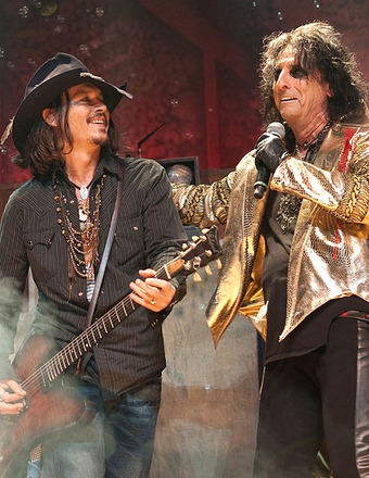 McCartney joins Cooper, Perry and Depp for Hollywood Vampires