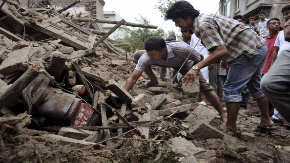 A beautiful but devastating video about the devastation in Nepal. WARNING: some extreme pictures.