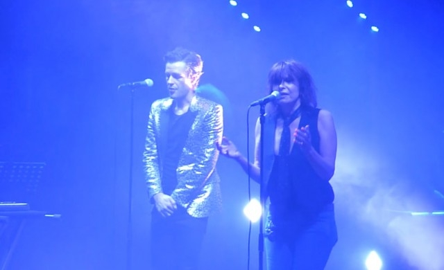 """Chrissie Hynde Joins A """"Killer"""" Onstage in London"""