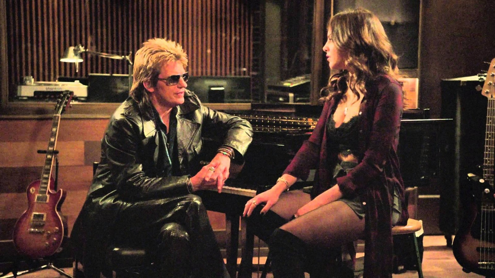 Denis Leary's new show about sex, drugs, and rock and roll. And it looks GREAT.
