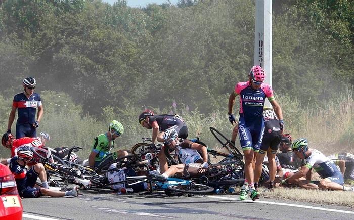 MASSIVE Tour De France crash today. *VIDEO*