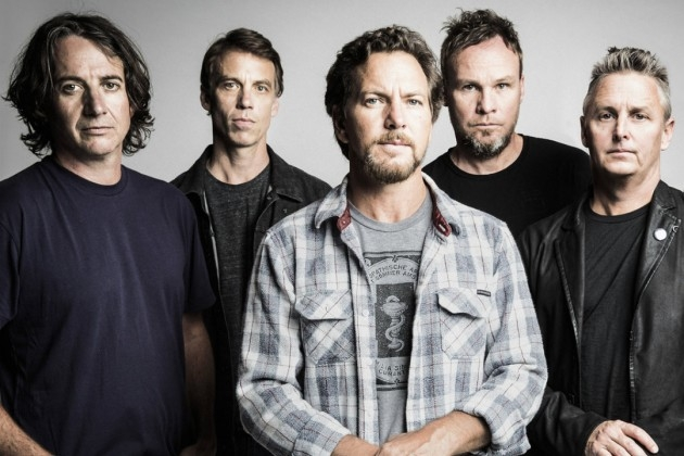 Pearl Jam to tour in 2016