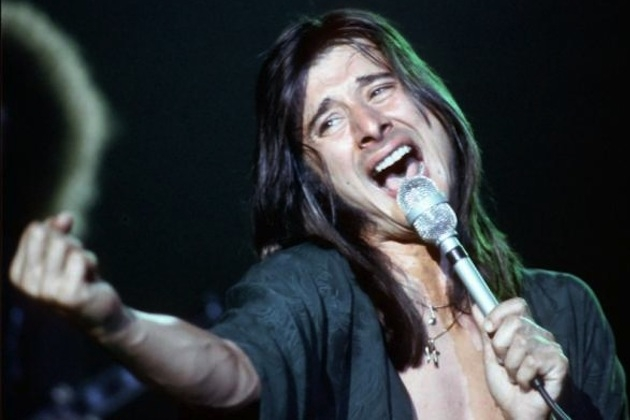 "Steve Perry ""Finishing"" First Solo Album in 20 Years"