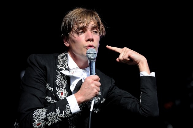 Hives Singer Applies for ACDC Gig