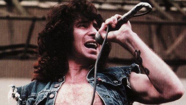 10 Best AC/DC Bon Scott Lyrics