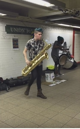 New York Busker with Wiggly Legs!