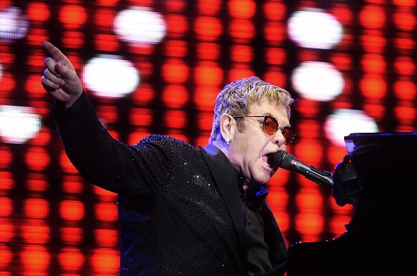 "Elton John awakens to ""Avalanche of well wishes"""