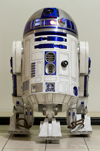 R2-D2 fetches huge price at auction