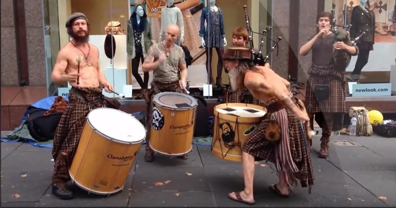We Need More Street Performers!