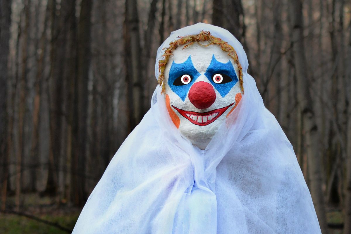Do you believe in ghosts? And do clowns freak you out? The Big Breakfast Blaa talked spooky stuff...