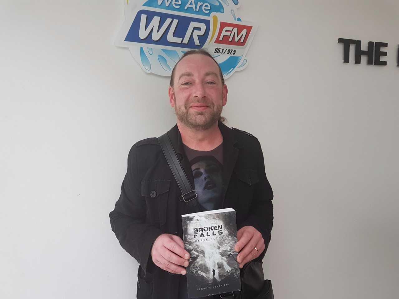 """Listen: """"Broken Falls"""" is a crime novel written by Waterford man Derek Flynn"""