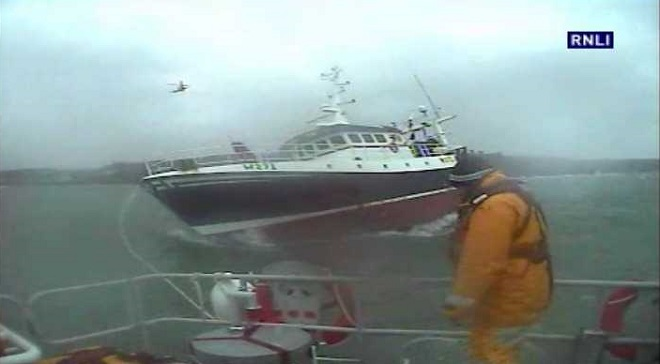 Trawler rescued in Dunmore East
