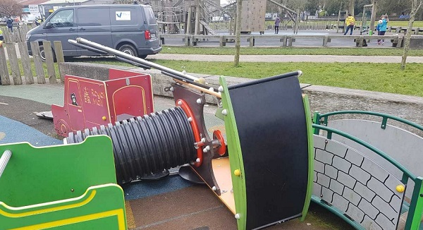 Vandals cause thousands of euros of damage in People's Park in Waterford City