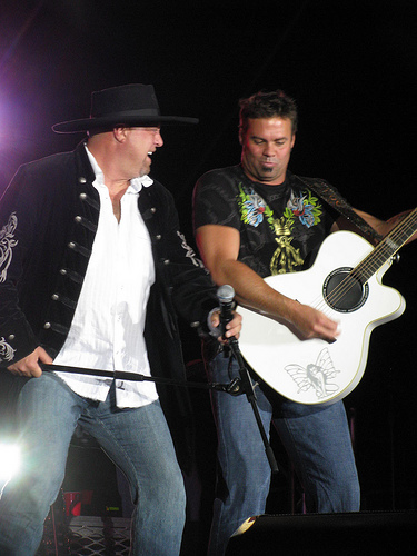 Troy Gentry Killed in Helicopter Accident