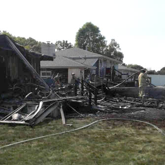 Garage fire spreads to 3 homes in Kaukauna