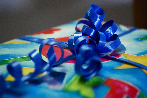 Girl to give birthday gifts to kids in ER