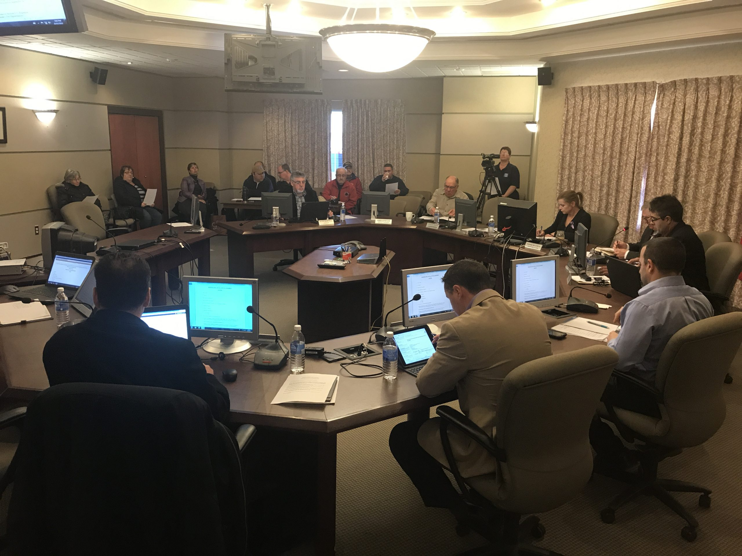 Councillors vote to get estimates for work on sewer treatment plants
