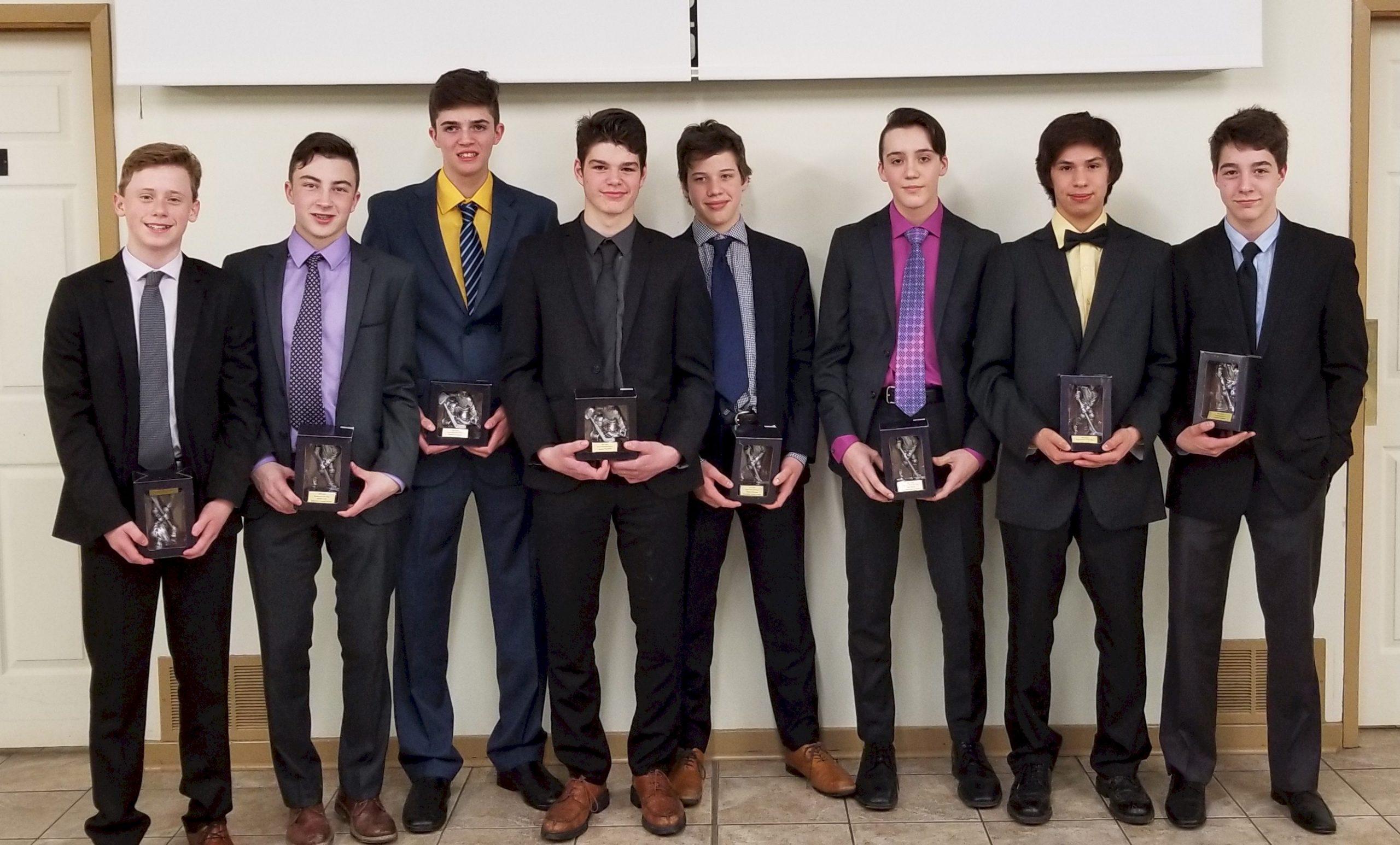 Novas hand out annual awards